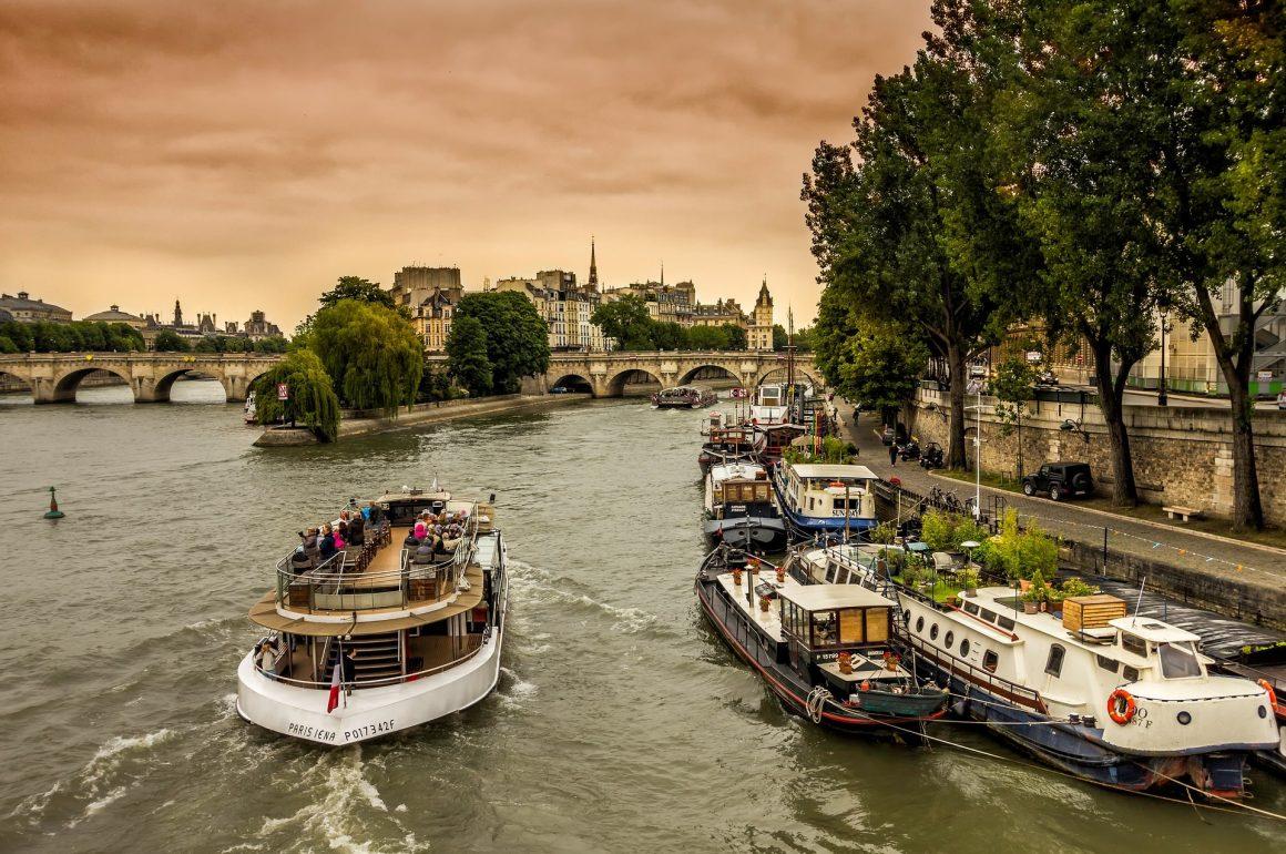 Tourisme fluvial en Europe : quel pays choisir pour une escapade réussie ?